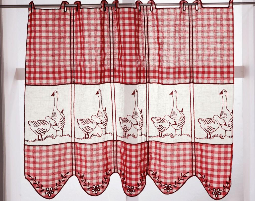 Diff rencier les mod les de rideaux for Rideaux brise bise cuisine